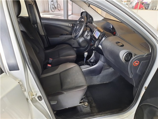 Toyota Etios 2020 1.5 x plus 16v flex 4p automático - Foto 10