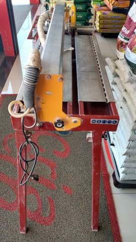 Máquina de cortar piso - Foto 2