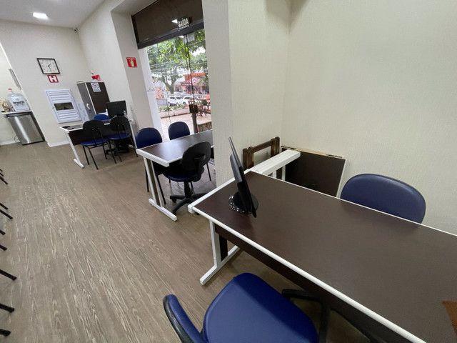 Mesa escritório 1,20m x 50cm com 2 gavetas  - Foto 2