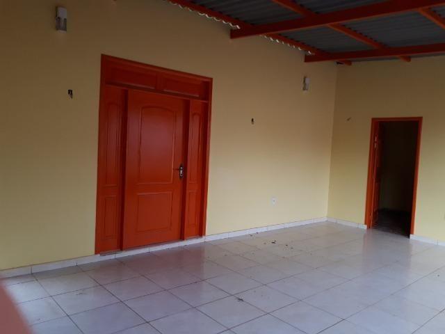 Aluga-se casa no loteamento Santo Afonso, bem localizada e rua asfaltada - Foto 4