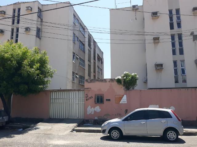 Apartamento para aluguel com 81 metros quadrados e 2 quartos em Carlito Pamplona - Fortale