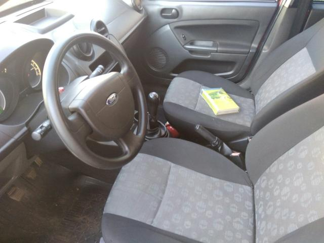 Fiesta Hatch1.6 completo (barbada) abaixo da tabela fipe - Foto 7