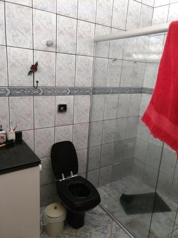 Casa 4 quartos | Piscina e ampla espaço de garagem | R$ 750 mil - Foto 3