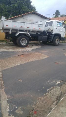 Vendo ou faço negocio com caminhonete 988353198 falar com Eder ou 988070003