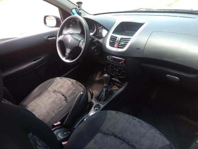 Peugeot 207 IPVA 2020 pago peneu novo completo acc troccs - Foto 2