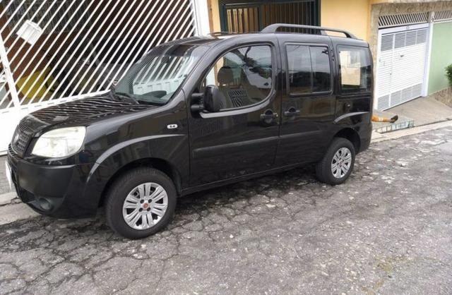 Fiat Doblò 1.8 2011 - Foto 2
