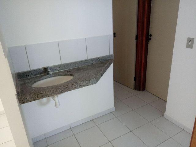 Vendo lindo apartamento no edificio forte da Barra - Foto 13