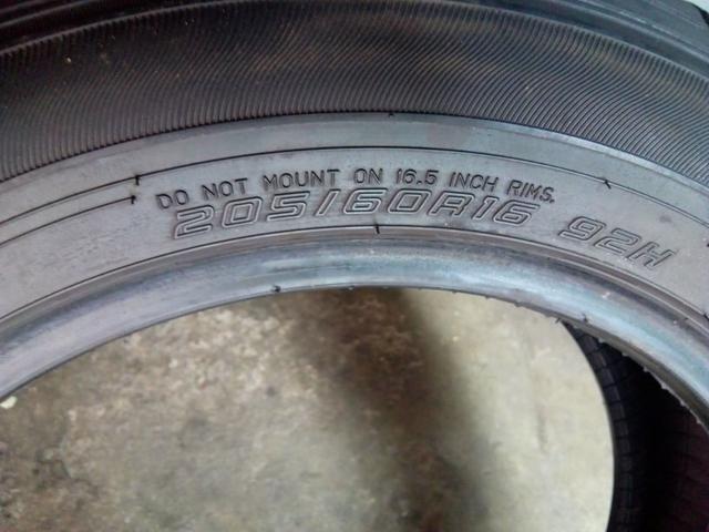 Vendo ou troco pneu 16