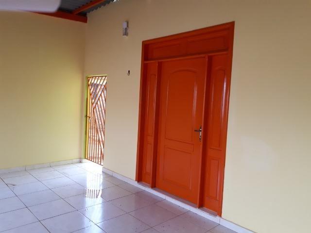 Aluga-se casa no loteamento Santo Afonso, bem localizada e rua asfaltada - Foto 7