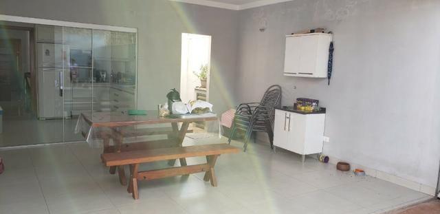 Com 03 quartos bairro Morada dos Deuses Próximo a U C D B - Foto 13