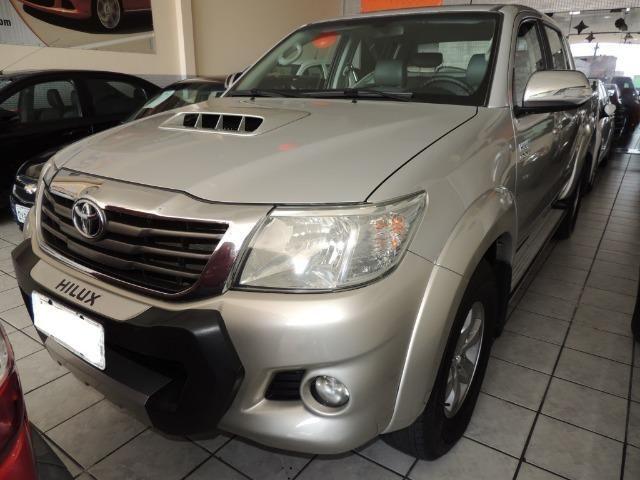 Toyota Hilux 3.0 SRV Cabine Dupla 4x4 Diesel 2014 - Foto 9