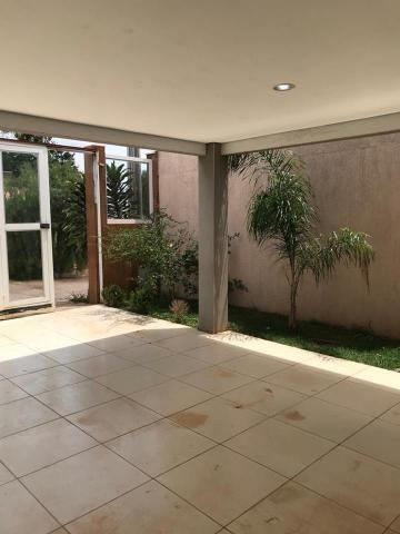 Excelente casa de condomínio, 3 quartos (2suítes), piscina, Quadra 06, Arniqueiras - Foto 3