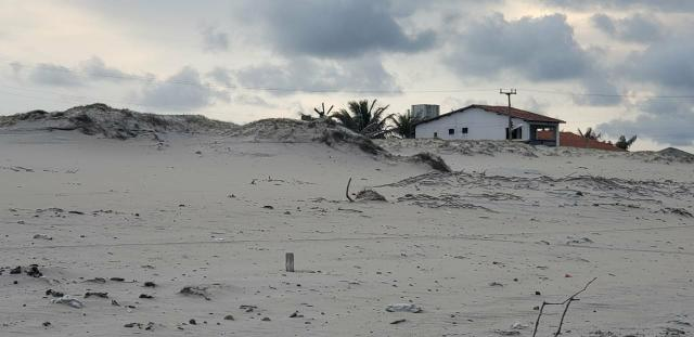 Lotes com vista para o mar, na praia de Parajuru parcelas R$ 120 Pé na areia