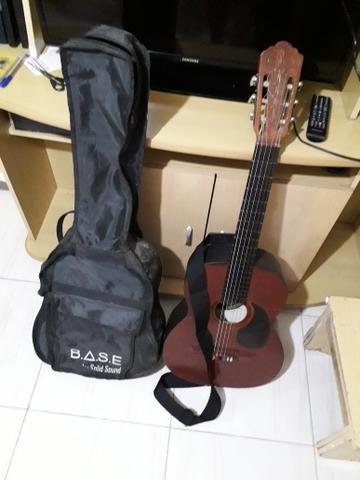 Vendo violão da marca Classic