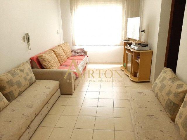 L1002 Apartamento de 1 dormitório centro de Meia Praia, 150 metros do mar - Foto 6