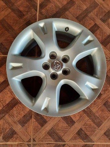 Jogo de rodas do Corolla, aro 16, original, com as tampinhas  1.400, waltzapp *