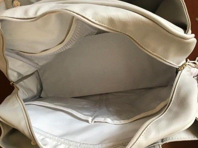 Bolsa Maternidade/Passeio de Couro Off White - Foto 3