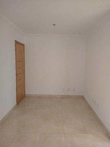 Apartamento a poucos metros da Padre Pedro Pinto - Local top - Foto 6