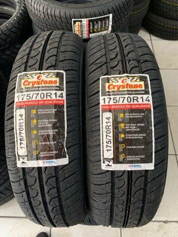 Par de pneus Crystone 175/70/14 (excelência em qualidade)