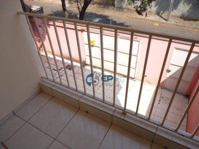 Sobrado com piscina à venda, 180 m² por R$ 380.000 - Santos Dumont - Londrina/PR - Foto 15