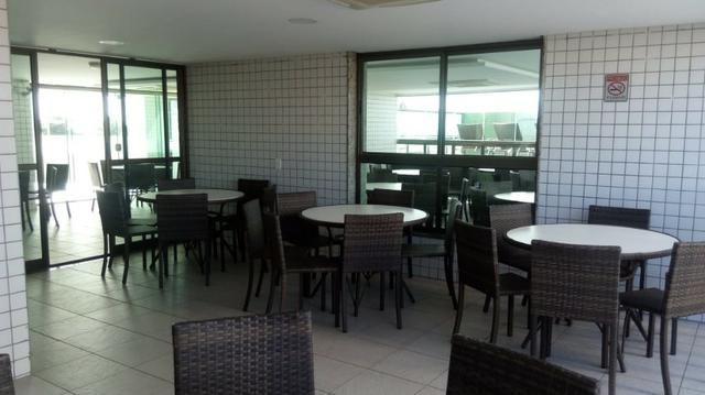 Vendo Excelente Apartamento a Beira Mar em Olinda Próximo ao Shopping Patteo - Foto 10