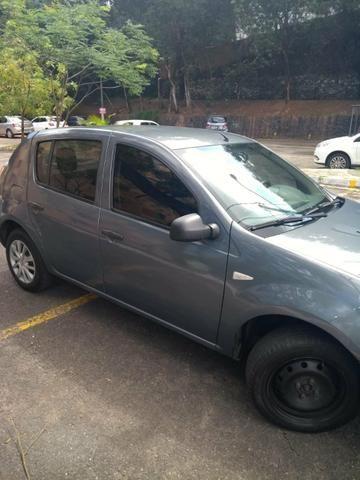Vende-se Renault sandero