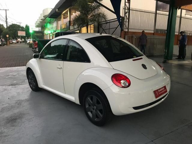 VW - VOLKSWAGEN NEW BEETLE 2.0 MI MEC./AUT. - Foto 5