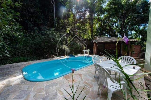 Linda sala 4 quartos ( 3 suítes + closets ) 4 vagas com piscina - Maravista - Foto 3