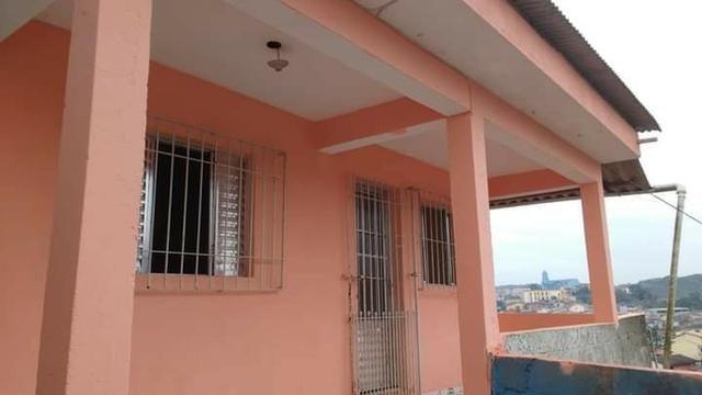 Casa a venda no Centro de Juquitiba-SP