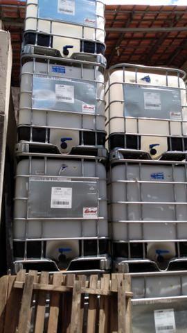 Vendo caixas plásticas de 1.000 litros semi novas