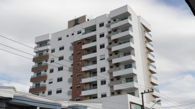Excelente Apartamento com 3 dorms. no Centro da Palhoça