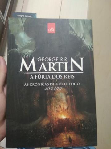 8afa8fe71 Livro  A Fúria dos Reis (As Crônicas de Gelo e Fogo