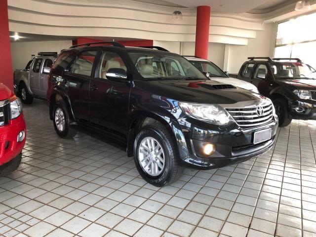 Toyota Hilux SW4 SRV_3.0D4-D_AUT._4X4_7LgareS_ExtrANoA_LacradAOriginaL_RevisadA - Foto 17
