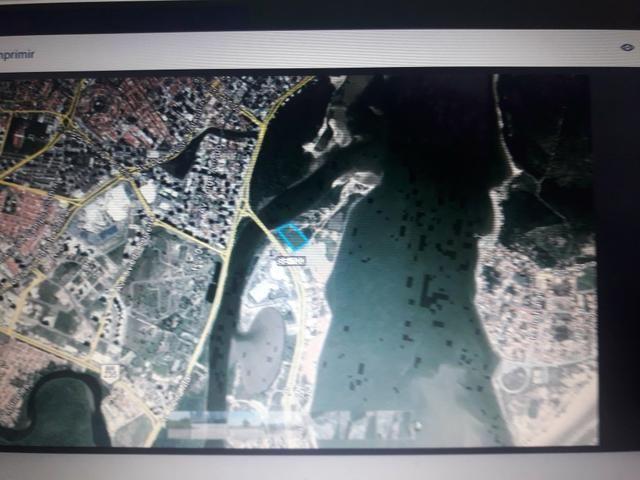 Área (terreno) Comercial medindo 2.108 m 2 - Coroa do Meio