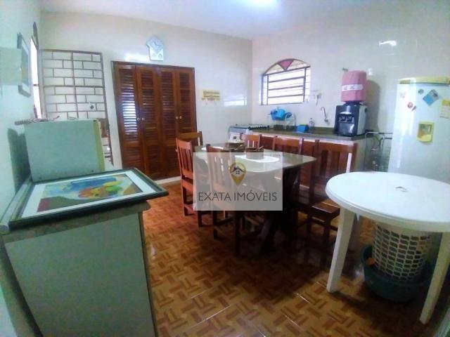 Linda casa linear em 2 terrenos de esquina, Centro/ Rio das Ostras! - Foto 16