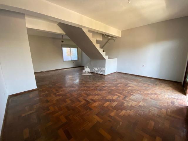 Casa 03 dormitórios para venda em Santa Maria no bairro Itararé com pátio e ok para financ - Foto 2