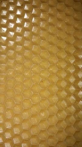 Cera de abelha alveolada Pura / KG ÚLTIMAS UNIDADES
