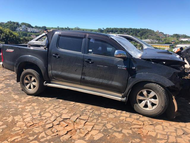 Sucata para retirada de peças- Toyota Hilux srv