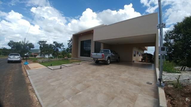 Casa Condominio Fechado, Alto Padrão com 04 Suítes, em Caldas Novas GO - Foto 2