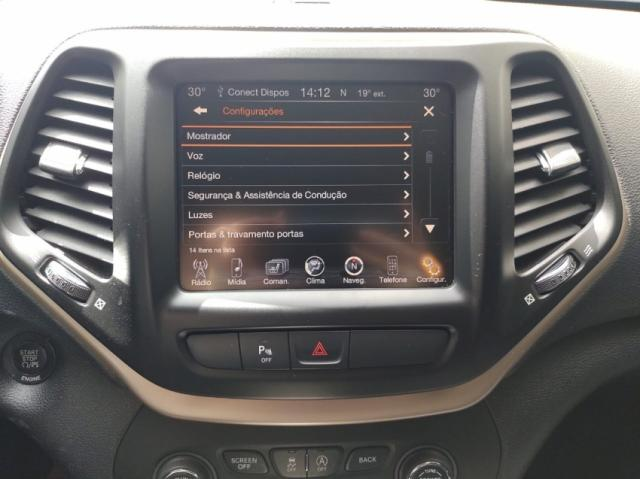 Jeep Cherokee Limited 3.2 Aut - Foto 13