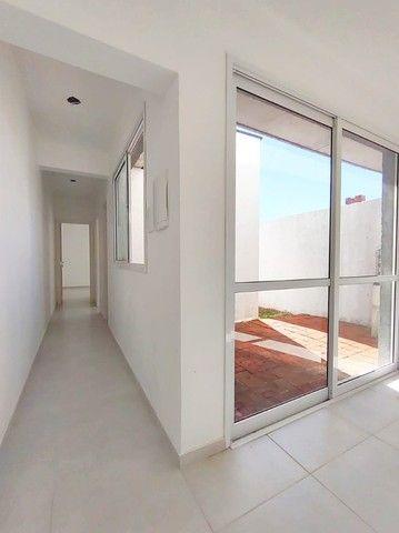 Casa nova com 2D e pátio (Financiável) - Foto 6