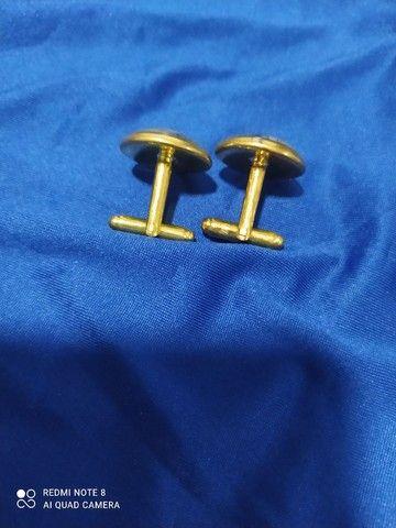 Abotoaduras para terno em banho de ouro novas - Foto 2