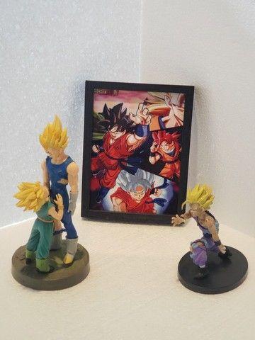 Combo Dragon Ball Z Quadro Cerâmica e Action Figure