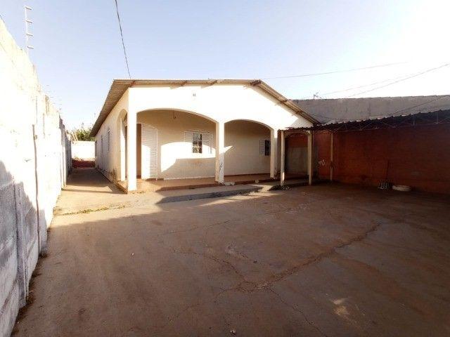 vende-se casa residencial no Parque Industrial Nova Capital em Anápolis