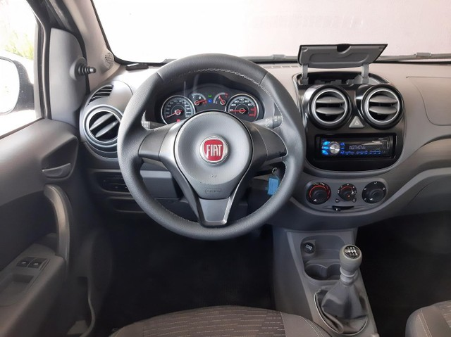 Fiat Palio Attractive 1.0 2014 bem novinho! - Foto 8