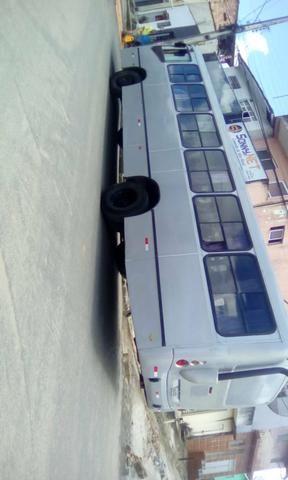 Ônibus motor dianteiro 1418 7 marcha fone 81 96872218 e 86671447