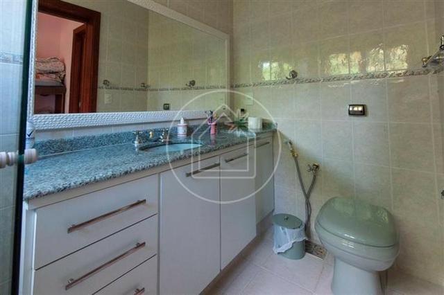 Linda sala 4 quartos ( 3 suítes + closets ) 4 vagas com piscina - Maravista - Foto 16