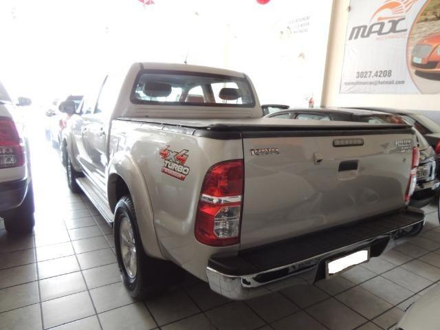 Toyota Hilux 3.0 SRV Cabine Dupla 4x4 Diesel 2014 - Foto 2