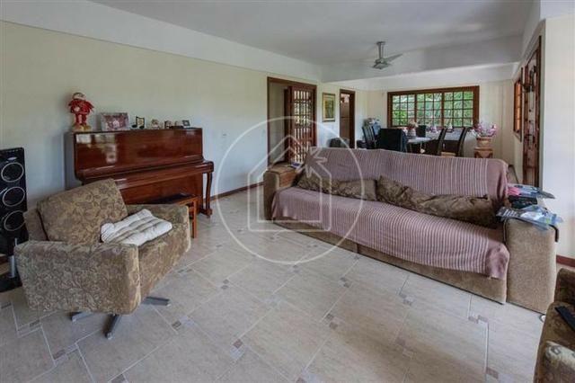 Linda sala 4 quartos ( 3 suítes + closets ) 4 vagas com piscina - Maravista - Foto 8