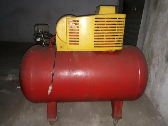 Compressor de ar 5,2 pés 140 libras - Foto 2